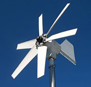 Ветрогенератор на синем фоне