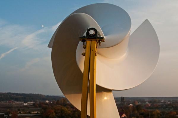 Ветрогенератор Онипко в полевых условиях